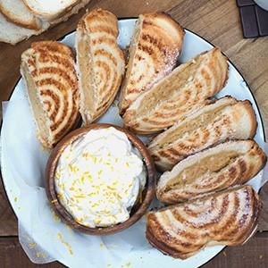Mosbolletjie Amarula Milk Tart Jaffles